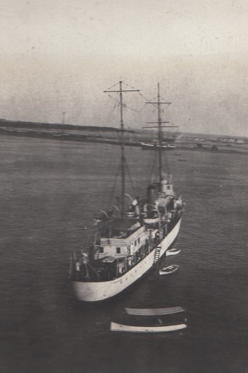 H.M.S Petersfield Tour - Aden Oct 29th to Nov 2 1922
